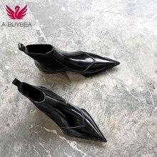 Женские ботильоны из натуральной кожи; Женские ботинки в байкерском стиле с острым носком и эластичной лентой; обувь черного цвета без шнуровки на низком каблуке; женская обувь; botas mujer