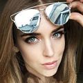 New Прибытие Солнцезащитные Очки С Футляром Марка Дизайн Женщины Металлический Каркас Очки Мужчин Модные Очки Óculos де золь