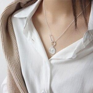 Image 4 - LouLeur 925 srebro vintage Elizabeth naszyjnik z wisiorem w kształcie monety srebrny okrągły kwadrat projekt klamry naszyjnik damska biżuteria