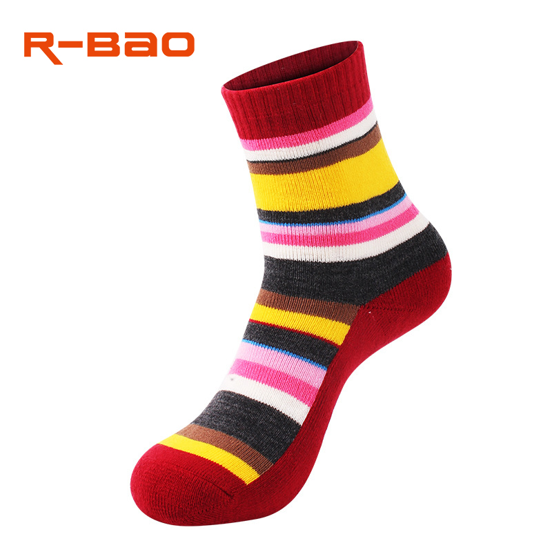 R-Bao Brand Outdoor Sport Socks Women Combed Cotton Breathable Hiking Skiing Socks Thick Antiskid Outdoor Sock W29