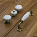 1pcs European Modern Minimalist White Ceramic Door Knob Cabinet Drawer Cupboard Kitchen Furniture Pull Handles + Screws