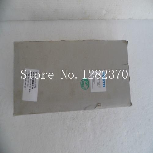 [SA] New original special sales FESTO regulator LFR-1/4-D-MINI-KC spot 185733 [sa] new original special sales festo regulator lr 1 8 do mini spot 162590 2pcs lot