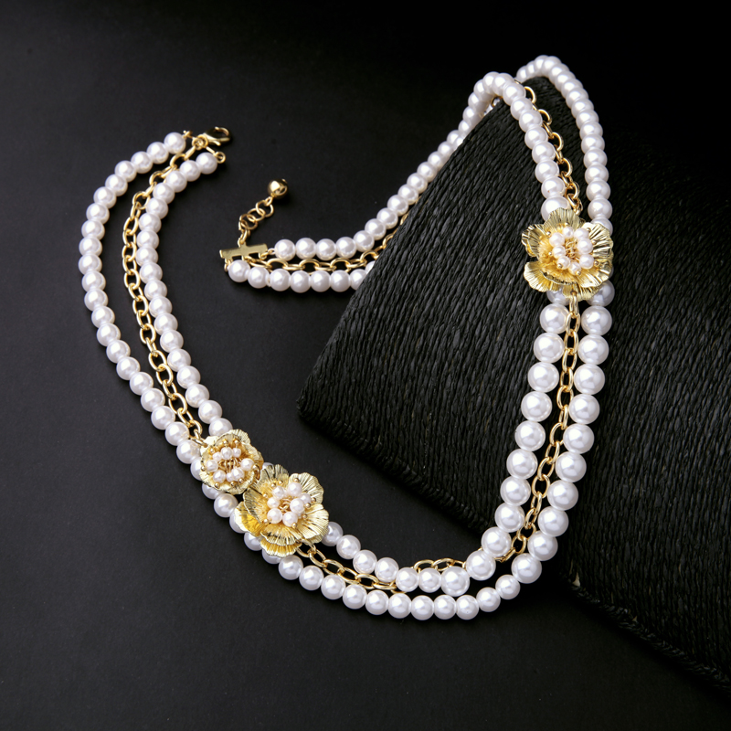 Alloy Flowers Beads Chain Layered Ladies Necklace Wholesale Imitation Pearls Jewelry New Beads Necklace
