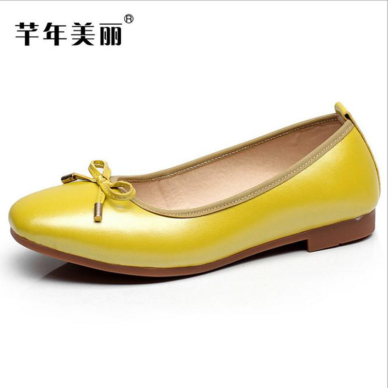 Spring fashion women flat shoes Plus Size driving pregnant women shoes yellow, black, soft bottom ballet flats Free shipping rivets decoration brand shoes flats women spring autumn fashion womens flats boat shoes sexy ladies plus size 11 free shipping