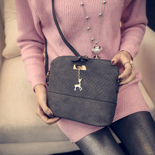 HOT SALE!2017 Women Messenger Bags Fashion Mini Bag With Deer Toy Shell Shape Bag Women Shoulder Bags Handbag bolsa feminina