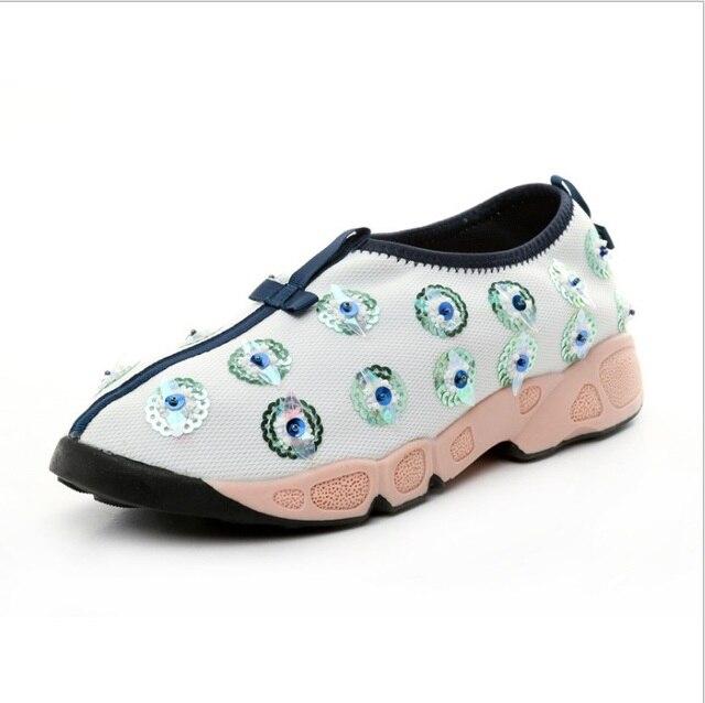 Мода Блестками Цветок Чистая ткань Повседневная женская обувь/Скольжения на обувь Для Ходьбы Красивые украшения женской обуви