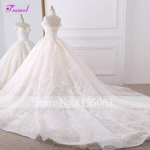 Image 2 - Vestido de novia de encaje con flores, escote Corazón, cola de cola real, Boda de Princesa