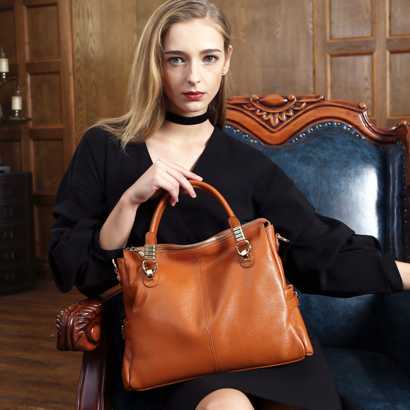 Luxury 100% Natural genuine leather women handbag all-match fashion cow leather woman shoulder bags lady's messenger bags 2017 fashion all match retro split leather women bag top grade small shoulder bags multilayer mini chain women messenger bags