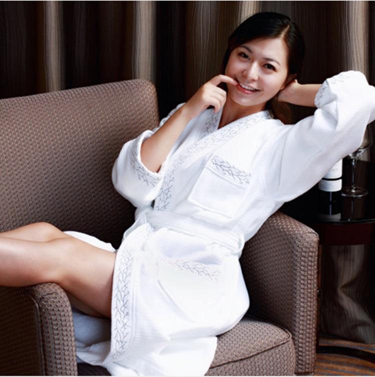 Women And Men Cotton Winter Star Hotel Waffle Terry Full Sleeve Knee Length Home Leisure Warm Unisex Bathrobe Bathrobe