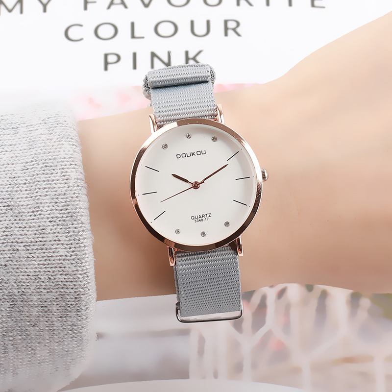 Fashion DOUKOU Brand Relogio Luxury Women's Casual Watches Canvas Quartz Watch Simple Women Dress Rhinestone Lovers Clock