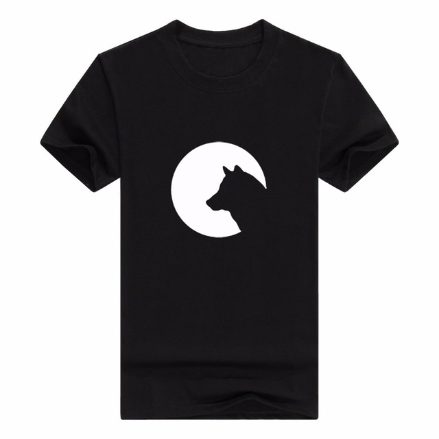 Wolf Silhouette Circle Moon Moonlight Symbol Dog Mans Tshirt In T