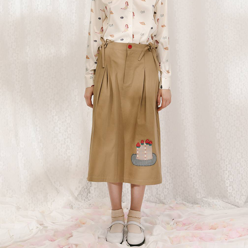 Fashion Design 2018 Summer New Women Khaki Skirts Cartoon Cake Bow Tie Waist Femme Straight Skirt