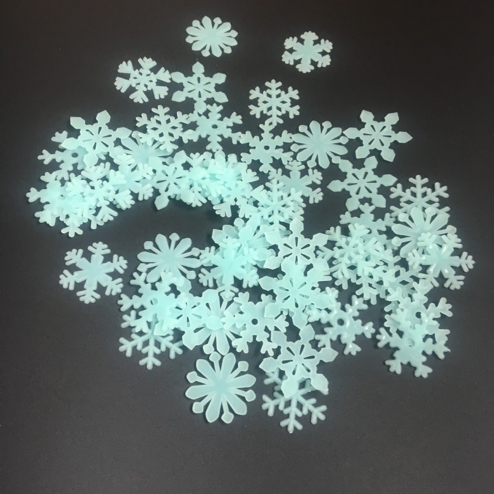 Wholesale 100pc/lot DIY snowflake luminous patch fluorescent wall stickers set decorative stereo