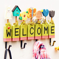 American Countryside Postral Style Wooden Welcome Garden Flowers & Bee Wall Hook Decorative Hanger Home & Shop wall Decor
