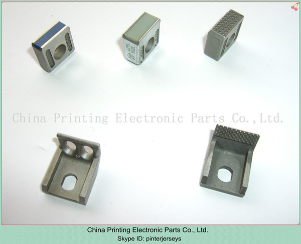 Heidelberg roland printing machinery spare parts gripper pad and gripper finger and gripper heidelberg sm102 printing parts intermediate roller bracket