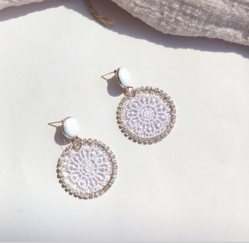 AOMU 2019 corée nouveau cuir bouton rond cristal dentelle fleur géométrique cercle longue goutte boucles d'oreilles pour les femmes étudiant fille cadeau 5