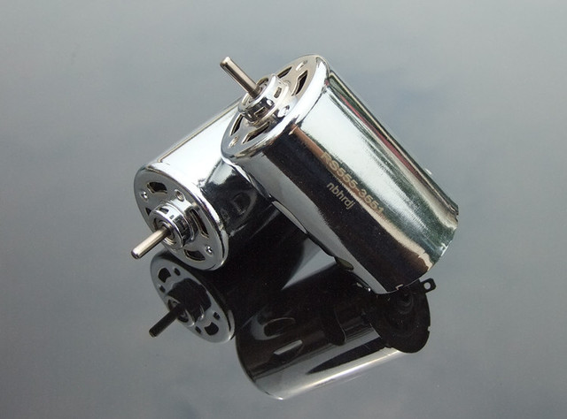 12-24V 555 Ball Bearing Mini DC Motor DIY Model Car Motor Great Power Parts Free Shipping Russia