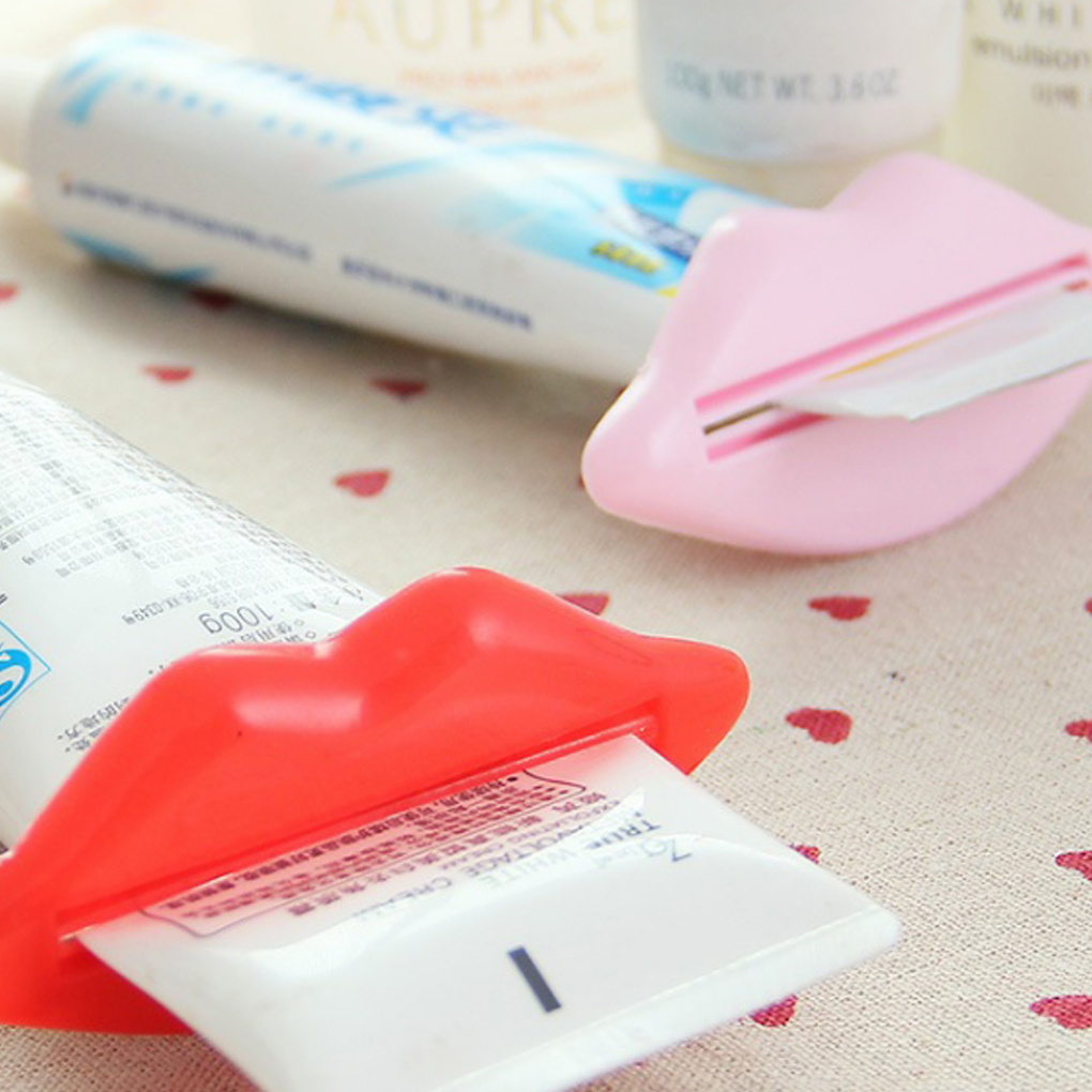 Random Color Lip Shape Toothpaste Tube Face Wash Cleaning Foam Cream Roller Squeezer Dispenser ABS ClipRandom Color Lip Shape Toothpaste Tube Face Wash Cleaning Foam Cream Roller Squeezer Dispenser ABS Clip
