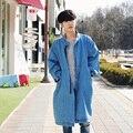Chegada nova Mens Coreano Moda Algodão Denim Masculino Trincheira Solto Fit Brasão Jean Jacket Longo Baggy Outwear Azul 2XL Grátis grátis