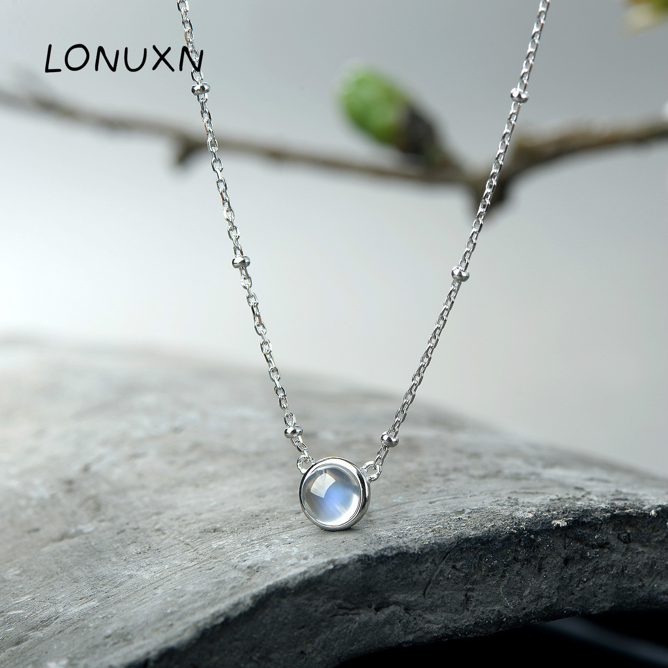 2018 New 925 Sterling Silver Round Natural Moonstone Necklace High Quality Women Jewelry Girls Pendant With Chain Lovers Gift