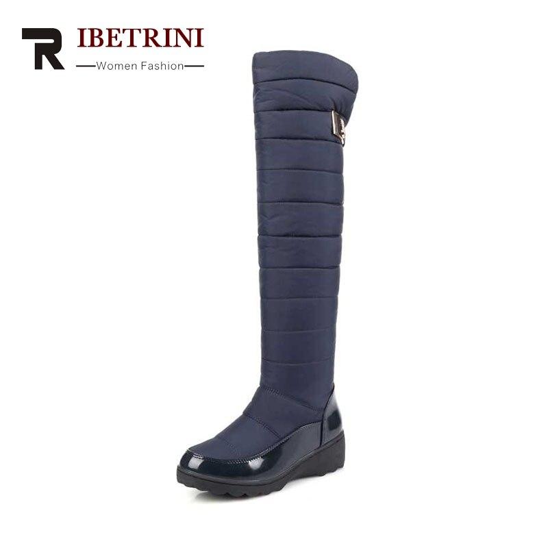 Ribetrini женские зимние ботинки теплые Женская обувь на меху выше Зимние сапоги до колен Slip-On Водонепроницаемая платформа Большие размеры 34-43