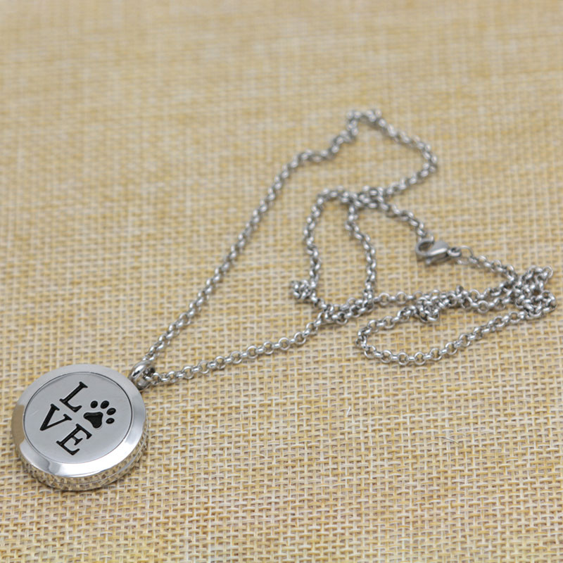 With chain and 10pcs Felt pads, Love Dog Palm Aromatherapy Essential Oils Stainless Necklace pendant Perfume Diffuser Locket