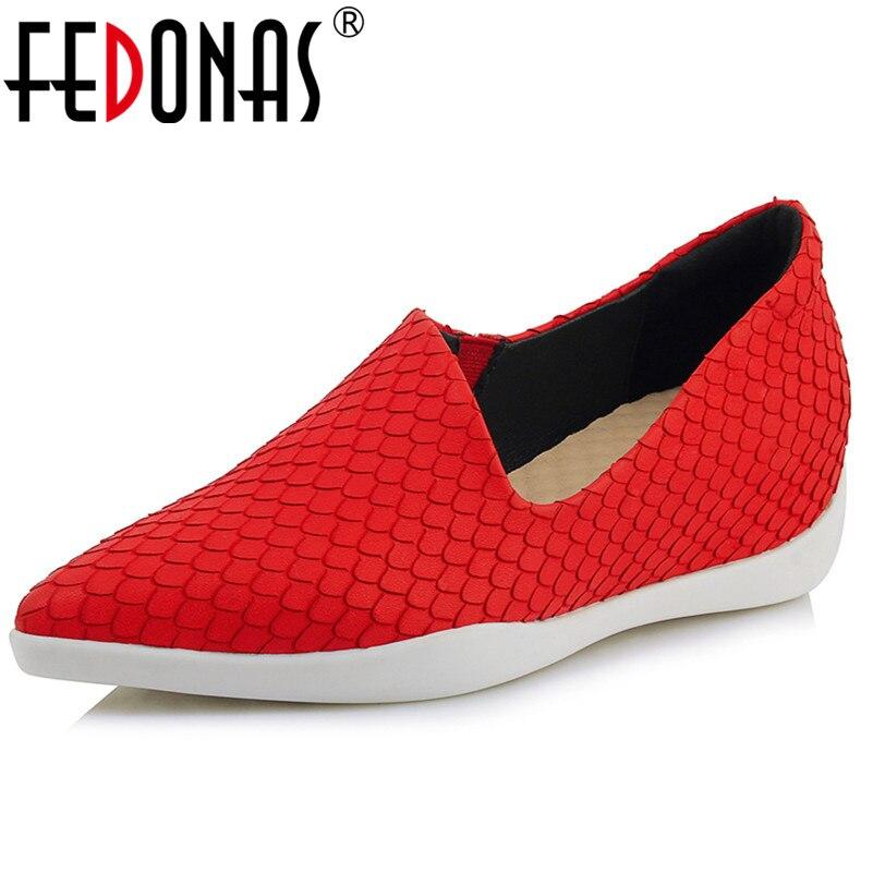 FEDONAS mode femmes bout pointu compensées talons pompes en cuir souple rouge noir fête mariage chaussures femme dames pompes de base-in Escarpins femme from Chaussures    1