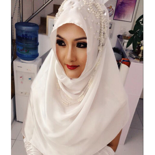 2016 Muslim Wedding Veil Appliqued Bridal Veil Muslim Luxury Pearls Beaded Wedding Accessory Bridal Veils