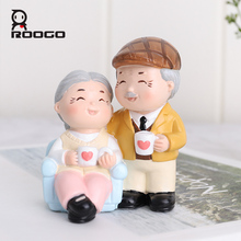 Roogo Home crafts accompanied by old couple wedding decoration home, car decoration, ornaments birthday gifts  full of happiness top resin swing old man old lady ornaments desktop crafts cartoon old parents figurine home decor accessories wedding gifts