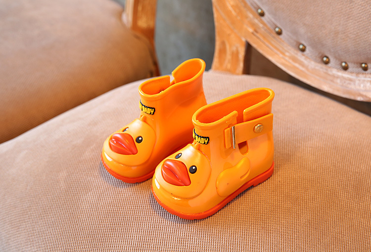 11.8 19.8cm Mini Sed duck pattern design Girls Rainboots Jelly Shoes Boys  Rain Boots Short Water Shoes Children Boots-in Boots from Mother   Kids on  ... 223d717ab5d6