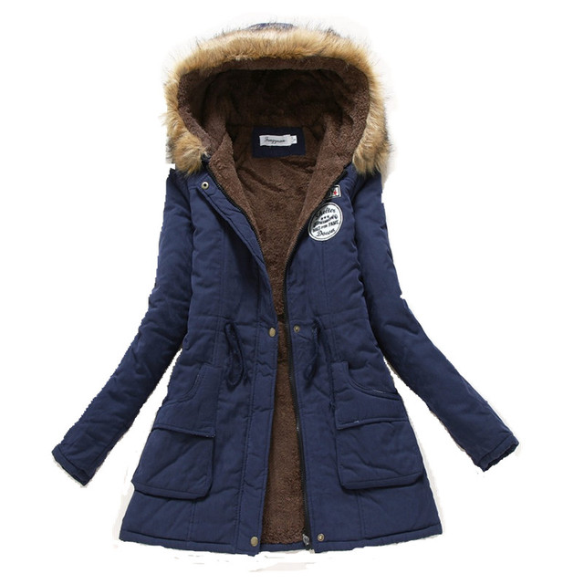 Chaqueta de Las Mujeres Abrigo de invierno 2016 Parka Militar Ocasional Outwear Engrosamiento de Algodón Con Capucha Abrigo de Invierno Chaqueta de Piel de Abrigos Ropa de Las Mujeres