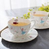 عالية الجودة الأزياء القهوة العظام الصين الشاي تعيين مجموعة السيراميك وجيزة زهرة أكواب الشاي مع الصحن ملعقة