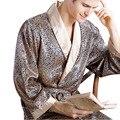Pijamas Masculinos 2016 Novos Homens Reais Robes Roupão De Banho de Luxo Geométrica V-neck Imitação de Seda Sleepwear Malha Completo Manga Roupa de Dormir