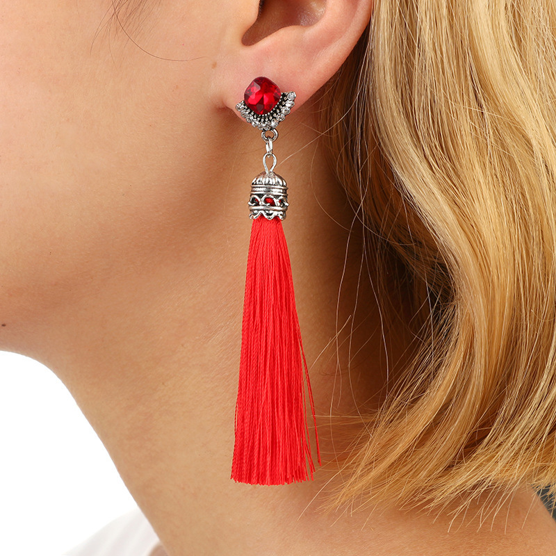 все цены на Vintage Crystal Pendant Long Tassel Earrings 2018 Trendy Big Earrings Fashion Thread Fringe Drop Bohemia Earring For Women