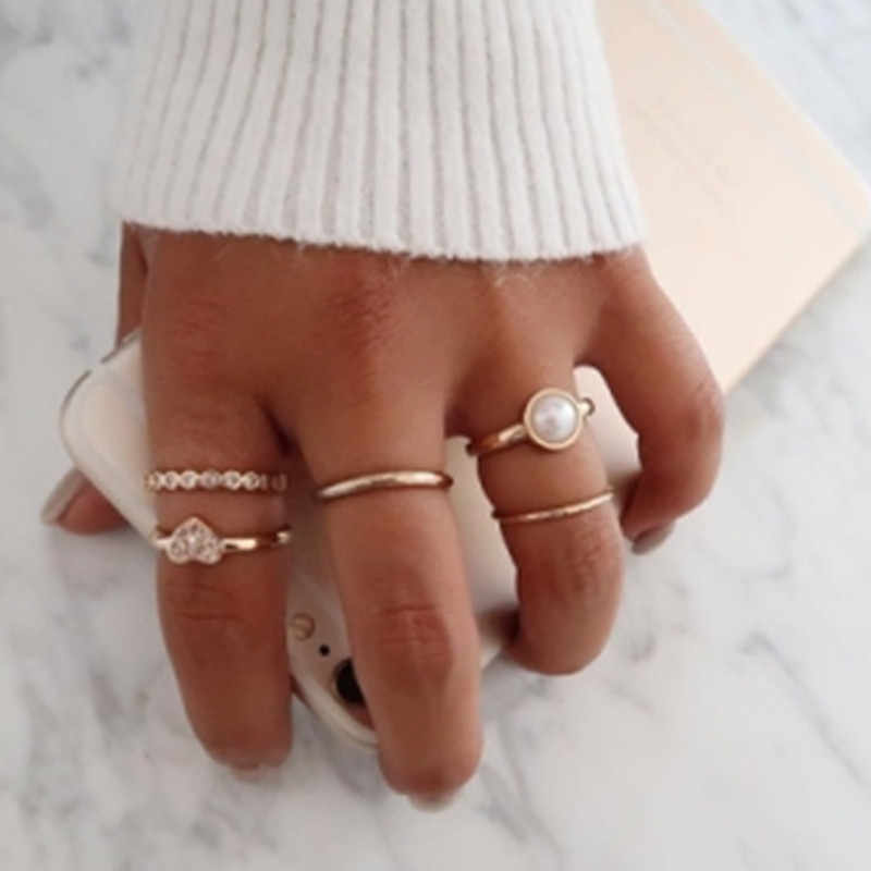 New European and American trend simulation pearl heart-shaped combination joint personality ring five-piece