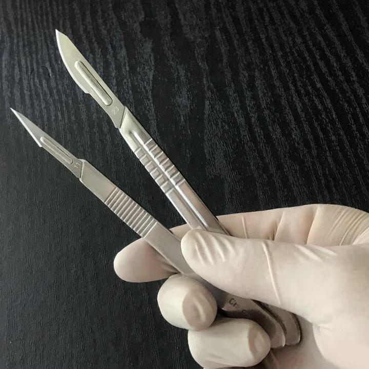Technocut Non-Sterile Disposable Retractable Safety Scalpel #11 Lot of 20 Crafts
