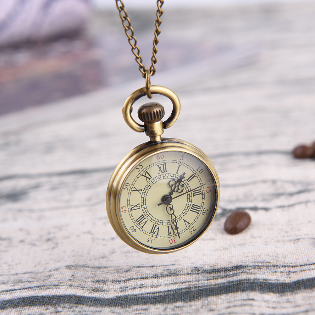 Small Pocket Watch Necklace Pendant Vintage Simple Style Steampunk Beige Dial Roman Numbers