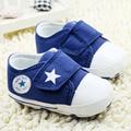Novos Sapatos de Bebê Meninos Sapatos Sapatas de Lona Respirável 0-18 meses do bebê 3 Cores Meninas Confortáveis Sapatilhas Do Bebê Crianças Sapatos da criança