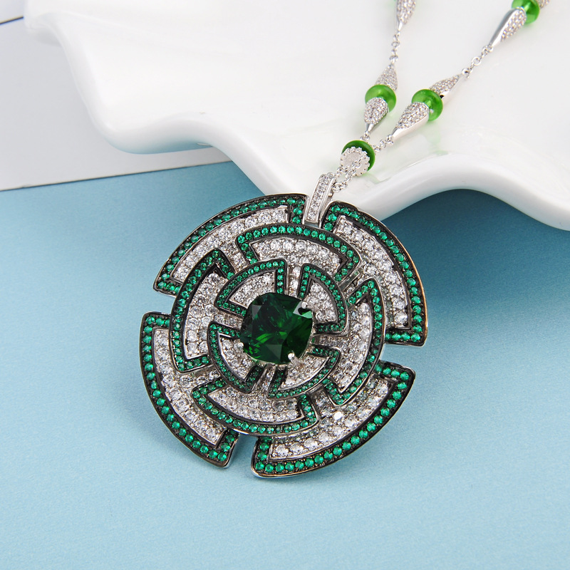 Hot Brand copper Jewelry For Women green cz flower Neckalce muticolor dinner Pendant sweater chain Fashion Party Necklace trendy copper tube sweater chain for women