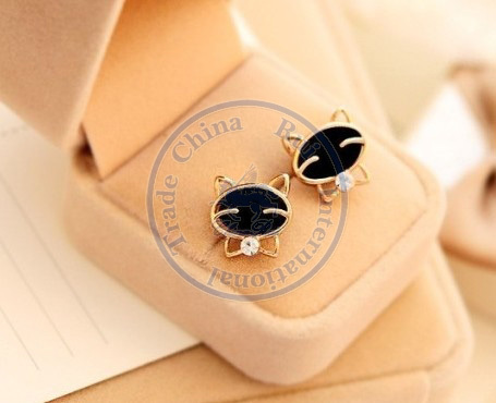 Stud Earrings ear rings Fashion for women Girls lady smile black animal rhinestone cystal desgin CN post