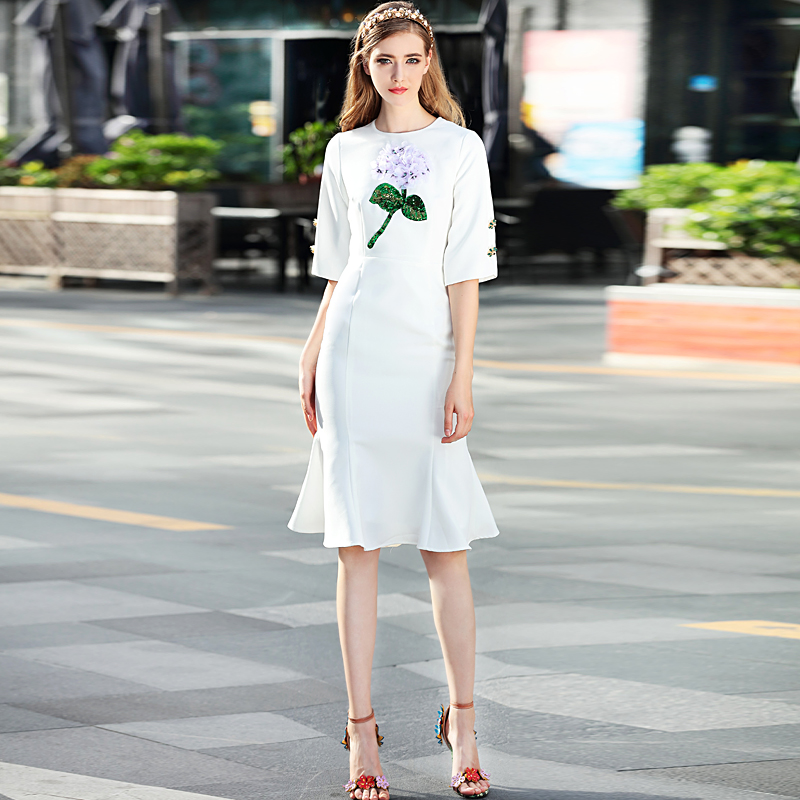 Image 4 - High Quality Runway 2018 Spring Womens New Beach Boho Party  Office Flowers Button Vintage Elegant Chic Mermaid White Dresswhite  dressdesigner dressdress designer