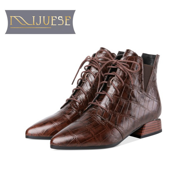 MLJUESE 2019 women ankle boots cow leather lace up Geometric low heel boots winter short plush