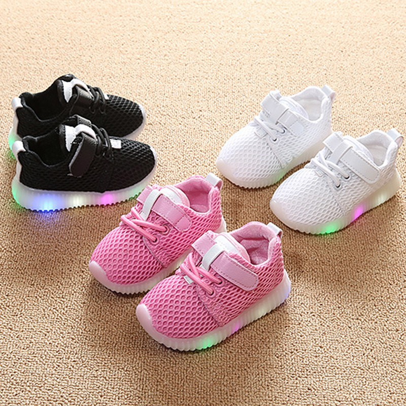 2019 Baby Lights Shoes First Walker Toddler Boy Girl Casual Sneakers LED Kid Children Sport Shoes Baby Tennis Sneakers 1-5 Years