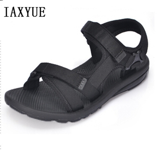 IAXYUE Men gladiator sandals 2017 new Roman antiskid breathable wear summer leisure beach shoes big yards 38-46 yards