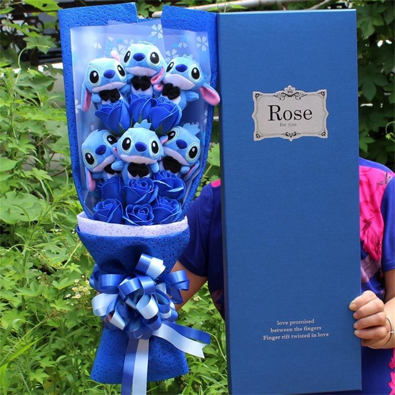 Schöne Cartoon Plüsch Spielzeug Stich Festivals Geschenk Bouquet mit Künstliche Blumen Für Valentinstag Hochzeit Party Dekoration