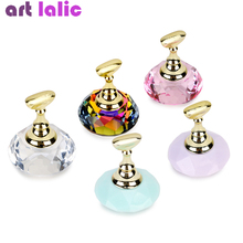 1Pc Magnetic Nail Holder + 5 Tips Practice Training Display Stand Crystal Holders Alloy False Nails Showing Shelf Manicure Tools 5pcs lot showing shelf false nail tips display stand holder set gold magnetic practice holders manicure nail art salon tools