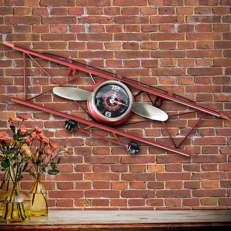 Reloj de avión retro americano creativo, sala de estar, pared de comedor, decoración de pared, colgante de pared, reloj ornamental de hierro