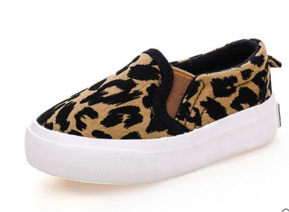 2017 fashion Leopard kids Slip-On low-cut shoes boys Fashion Sneakers Leisure Children canvas shoes brown and black spring fall fashion tassels ornament leopard pattern flat shoes loafers shoes black leopard pair size 38