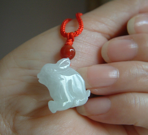 Natural Burmese stone pendant necklace carved small rabbit pendant men and women jewelry JADES jewelry children style