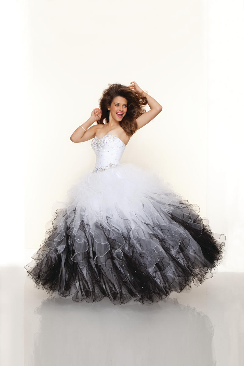 Black dress teenager - Robe De Soiree Ball Gown Dress White Black Lace Up Corset Back Beaded Puffy Prom Dress Teens Custom Size